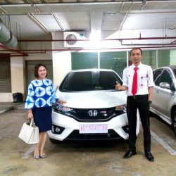 Foto Penyerahan Unit 1 Sales Marketing Mobil Dealer Honda Solo Wahyu