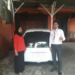 Foto Penyerahan Unit 1 Sales Marketing Mobil Dealer Mobil Honda Kudus Asif