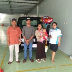 Foto Penyerahan Unit 1 Sales Marketing Mobil Dealer Suzuki Indramayu Dewi