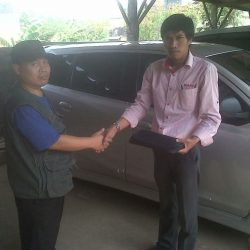 Foto Penyerahan Unit 13 Sales Marketing Mobil Dealer Nissan Cibubur Sapta