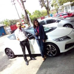Foto Penyerahan Unit 2 Sales Marketing Mobil Dealer Honda Solo Wahyu