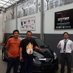 Foto Penyerahan Unit 5 Sales Marketing Mobil Dealer Honda Pluit Tjhai Andre