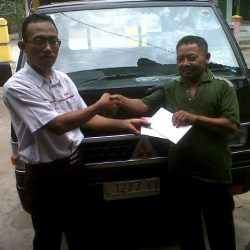 foto-penyerahan-unit-5-sales-marketing-mobil-dealer-mitsubishi-surabaya-syaifudin