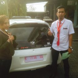 Foto Penyerahan Unit 5 Sales Marketing Mobil Dealer Mobil Honda Kudus Asif