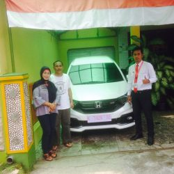 Foto Penyerahan Unit 7 Sales Marketing Mobil Dealer Mobil Honda Kudus Asif