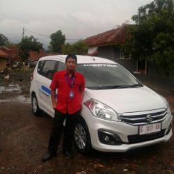 Foto Penyerahan Unit 7 Sales Marketing Mobil Dealer Suzuki Cirebon Hari