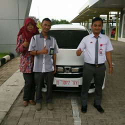 Foto Penyerahan Unit 8 Sales Marketing Mobil Dealer Honda Tuban Alib