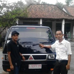 foto-penyerahan-unit-8-sales-marketing-mobil-dealer-mitsubishi-surabaya-syaifudin
