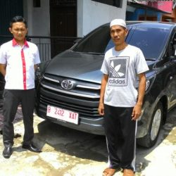 Foto Penyerahan Unit 8 Sales Marketing Mobil Dealer Toyota Serang Sulton