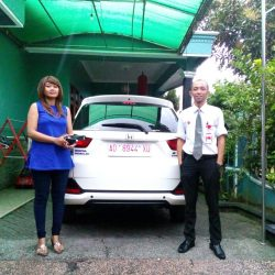 Foto Penyerahan Unit 9 Sales Marketing Mobil Dealer Honda Solo Wahyu