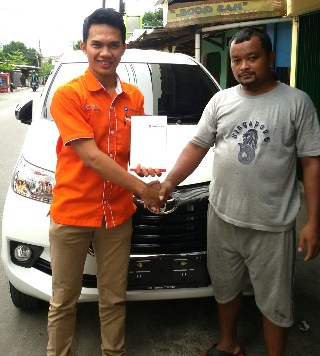 Sales Mareting Mobil Dealer Toyota Ody
