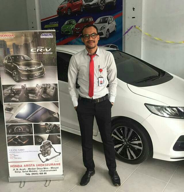 Sales Marketing Mobil Dealer Honda Aceh Reyzi