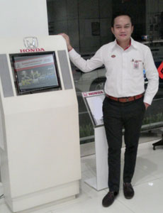 sales-marketing-mobil-dealer-honda-jatinegara-fega-diaz