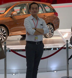 Sales Marketing Mobil Dealer Honda Tebet Fega Diaz