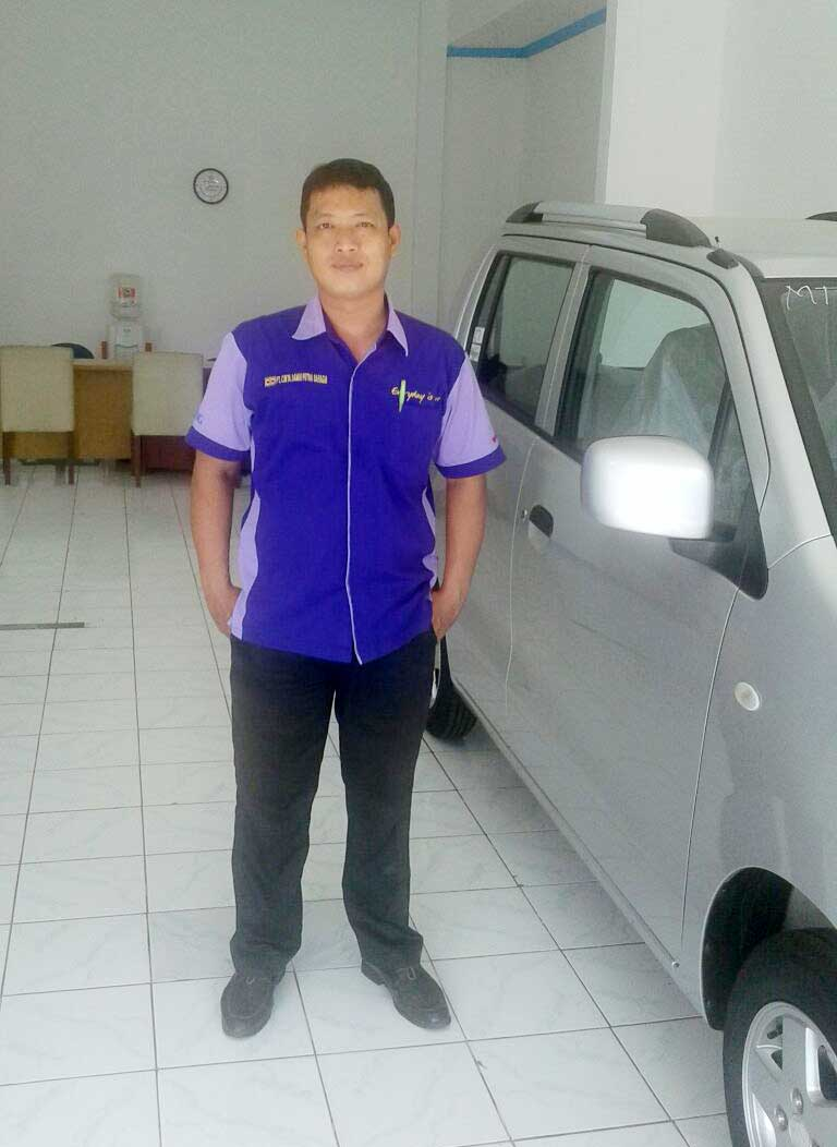 Sales Marketing Mobil Dealer Suzuki Cirebon Hari