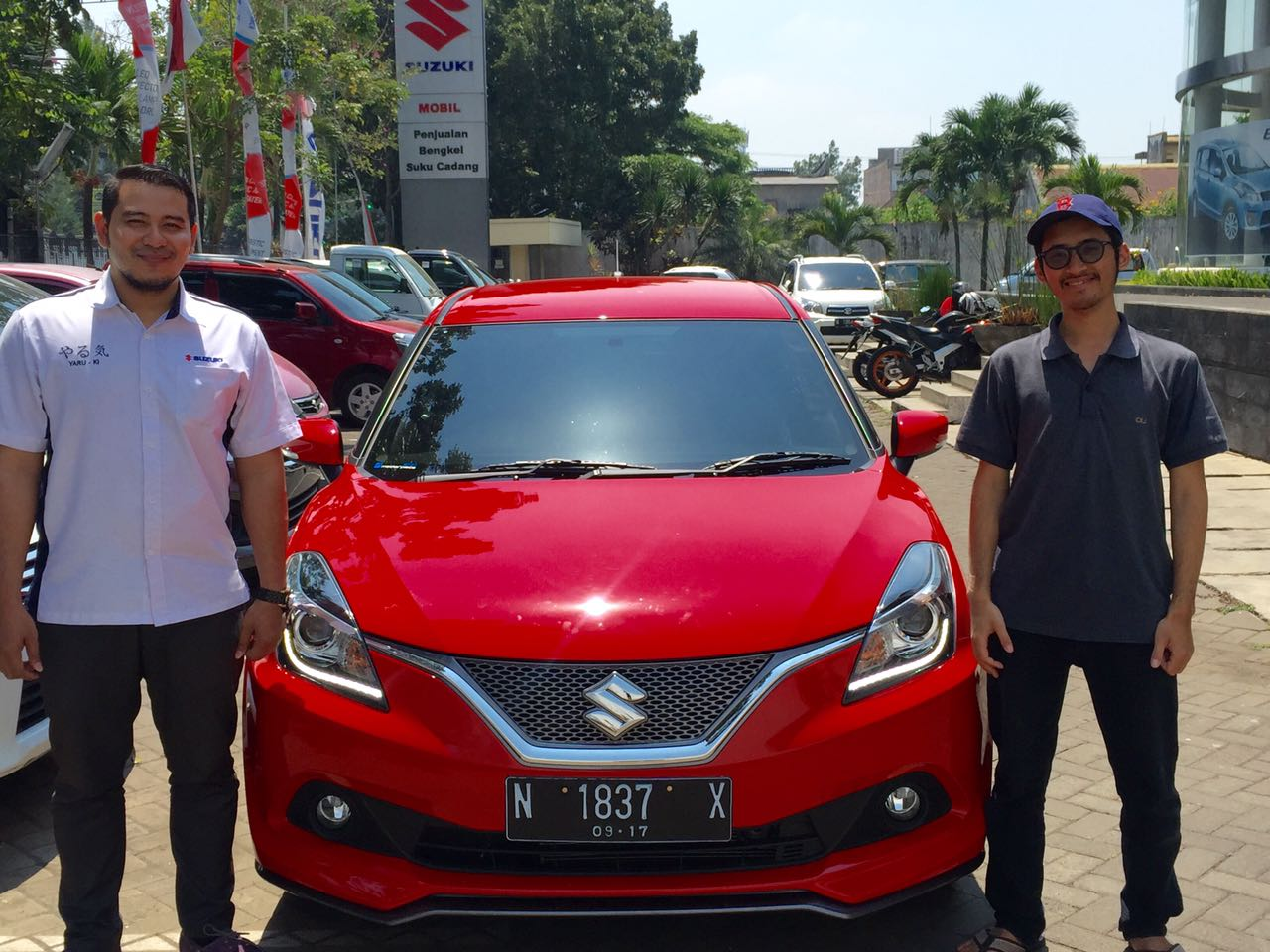 Sales Marketing Mobil Dealer Suzuki Malang Nino