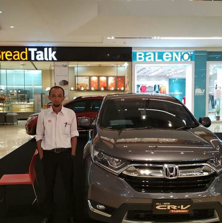 Sales Marketing Mobil Honda Wahyu