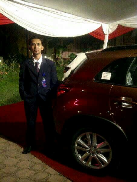 Sales Marketing Mobil Mitsubishi Fendy