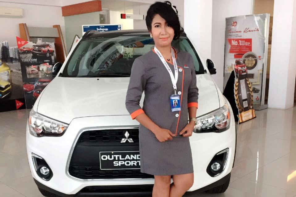 Sales Marketing Mobil Mitsubishi Jember Suli