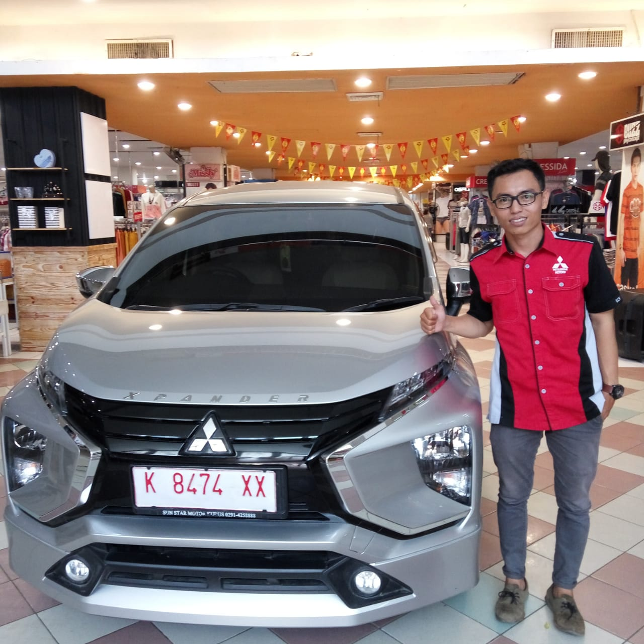 Sales Marketing Mobil Dealer Mitsubishi Juhri