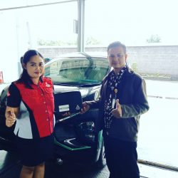 DO 5 Sales Marketing Mobil Dealer Mitsubishi Tari