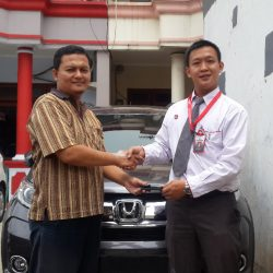 DO Sales Marketing Mobil Dealer Honda Andre (3)