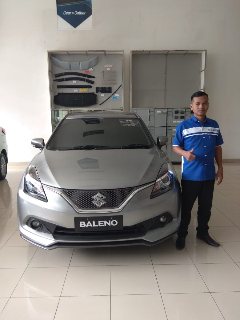 Sales Marketing Mobil Dealer Suzuki Jaka