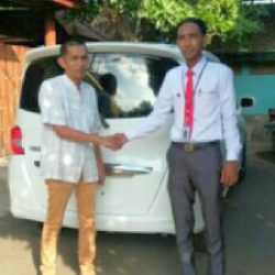 Foto Penyerahan Unit 1 Sales Marketing Mobil Dealer Honda Cibubur Yudi