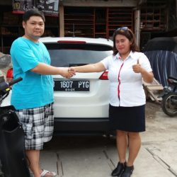 Foto Penyerahan Unit 1 Sales Marketing Mobil Dealer Honda Depok Yunani