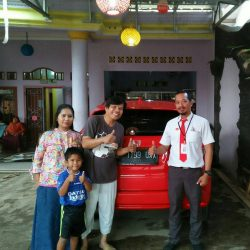 Foto Penyerahan Unit 1 Sales Marketing Mobil Dealer Honda Subang Ryan