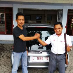 Foto Penyerahan Unit 10 Sales Marketing Mobil Dealer Honda Eko