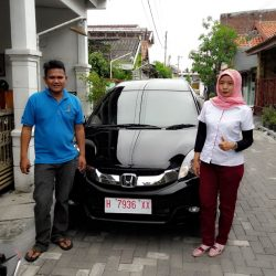 Foto Penyerahan Unit 10 Sales Marketing Mobil Dealer Honda Salatiga Irma