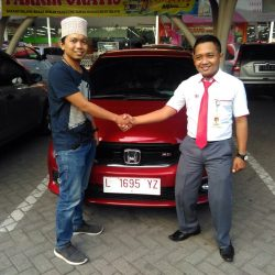 Foto Penyerahan Unit 11 Sales Marketing Mobil Dealer Honda Eko
