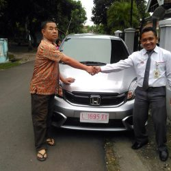 Foto Penyerahan Unit 12 Sales Marketing Mobil Dealer Honda Eko