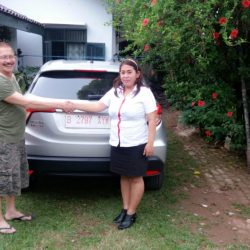 Foto Penyerahan Unit 2 Sales Marketing Mobil Dealer Honda Depok Yunani