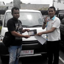 foto-penyerahan-unit-4-sales-marketing-mobil-daihatsu-kudus-farij