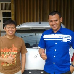Foto Penyerahan Unit 6 Sales Marketing Mobil Dealer Suzuki Sofyan