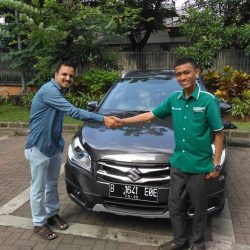 Foto Penyerahan Unit 6 Sales Marketing Mobil Dealer Suzuki Wisnu