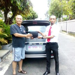 Foto Penyerahan Unit 7 Sales Marketing Mobil Dealer Honda Solo Wahyu