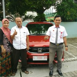 Foto Penyerahan Unit 7 Sales Marketing Mobil Dealer Honda Tuban Alib