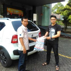 Foto Penyerahan Unit 7 Sales Marketing Mobil Dealer Suzuki Jaka
