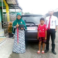 Foto Penyerahan Unit 8 Sales Marketing Mobil Dealer Honda Solo Wahyu