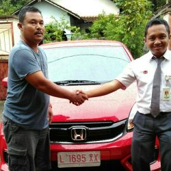 Foto Penyerahan Unit 9 Sales Marketing Mobil Dealer Honda Eko