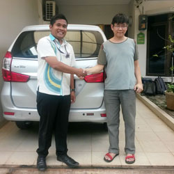 Sales Marketing Mobil Dealer Daihatsu Tryastono