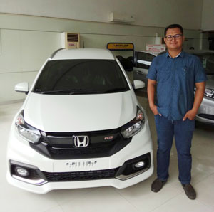 Sales Marketing Mobil Dealer Honda Purwokerto Farisi