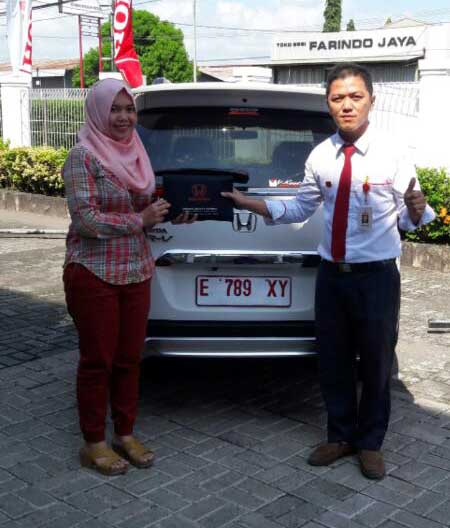Sales Marketing Mobil Dealer Mobil Honda Kuningan Ronald