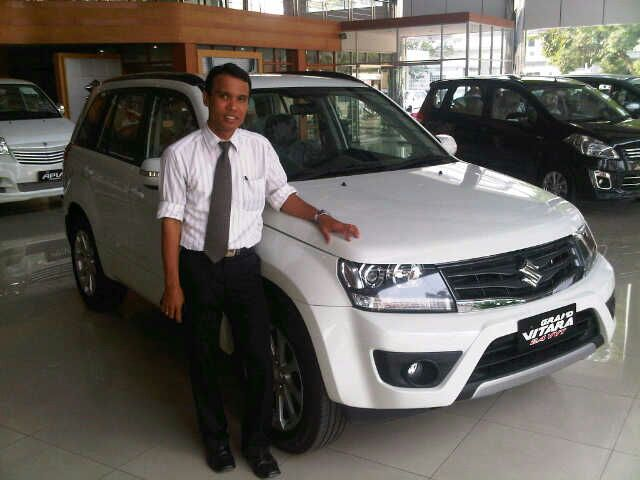 Sales Marketing Mobil Dealer Suzuki Medan Leonard
