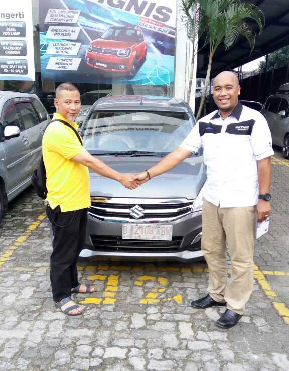 Sales Marketing Mobil Suzuki Rizki