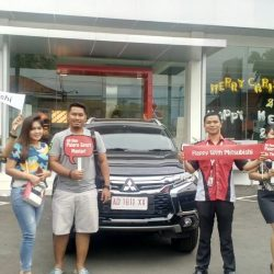 Foto Penyerahan Unit 21 Sales Marketing Mobil Dealer Mitsubishi Solo Agus