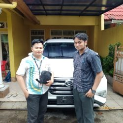DO 11 Sales Marketing Mobil Dealer Daihatsu Martin